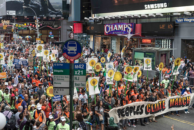 People's climate march, photo by Annette Bernhardt https://www.flickr.com/photos/mtumesoul/15130497169/ used under a Creative Commons license (https://creativecommons.org/licenses/by-sa/2.0/)